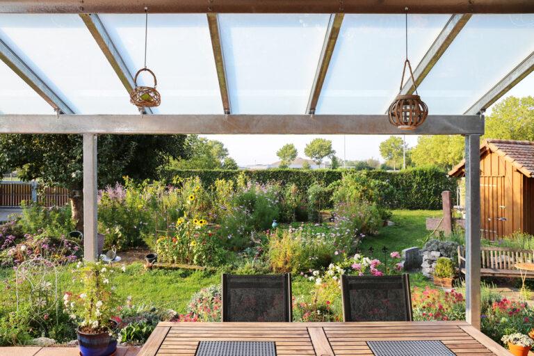 Mit einer Terrassenüberdachung von Gumax das Leben genießen!